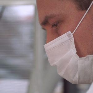 Andel Elite dental center Hlohovec -mikroskop-bezbolestne osetrenie zubov -zubna ambulancia-zubari - Zubne implantaty – implantologia – Endodoncia – zachrana zubu - Protetika – zubna korunka – keramicka korunka-snimatelne zubne nahrady-zubna proteza - Pedostomatológia – detska zubarka - Záchovná stomatológia - Ortodoncia – RTG – rontgen zubov - zubár-ochranne rusko - zubny doktor