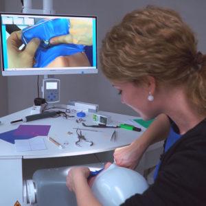 Andel Elite dental center Hlohovec -mikroskop-bezbolestne osetrenie zubov -zubna ambulancia-zubari - Zubne implantaty – implantologia – Endodoncia – zachrana zubu - Protetika – zubna korunka – keramicka korunka-snimatelne zubne nahrady-zubna proteza - Pedostomatológia – detska zubarka - Záchovná stomatológia - Ortodoncia – RTG – rontgen zubov