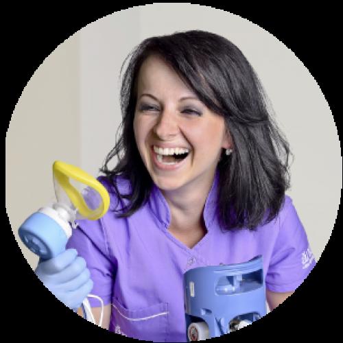 Adriana-Bardiovská-zubarka-zubar-zubny lekar- zubna ambulancia -dental center-zubar-sestra-asistent
